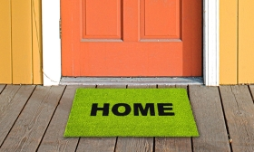 """3.990 Ft helyett 2.690 Ft: """"Home"""" lábtörlő választható színben"""