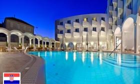 Luxus nyaralás Korculán! 4, 6 vagy 8 nap 2 főnek a Hotel Korkyra****-ban félpanziós ellátással, wellness-használattal és további extrákkal 31-57% kedvezménnyel