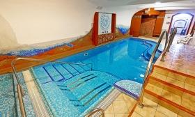 Baja egyetlen wellness szállodája: 3 nap 2 főnek három- vagy négycsillagos szobában félpanzióval, az Átrium Wellness korlátlan használatával a felújított Duna Wellness Hotelben 44-50% kedvezménnyel