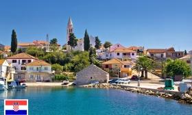 Élménydús vakáció Horvátországban! 4 vagy 8 nap két főnek félpanziós ellátással a dalmát tengerparton, a Hotel Ugljanban 22-24% kedvezménnyel