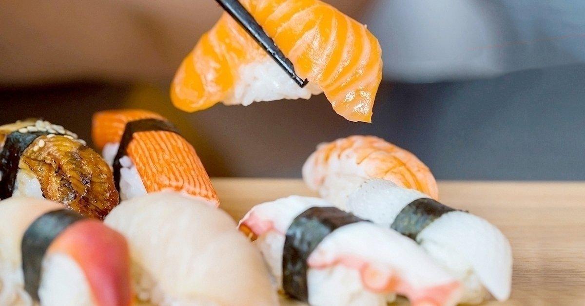 Sushi válogatás kiszállítással