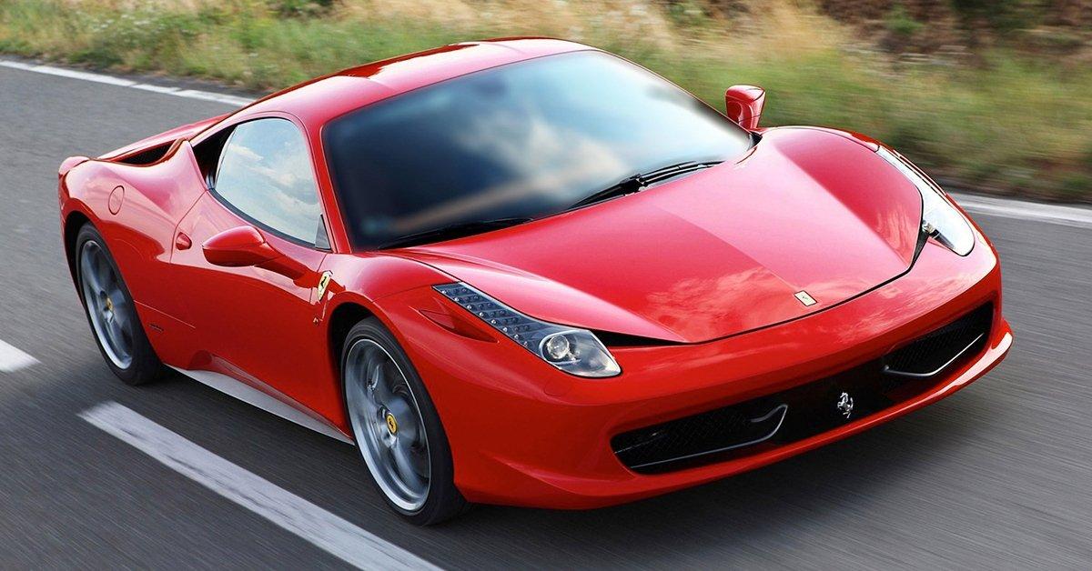 Ferrari utcai élményvezetés