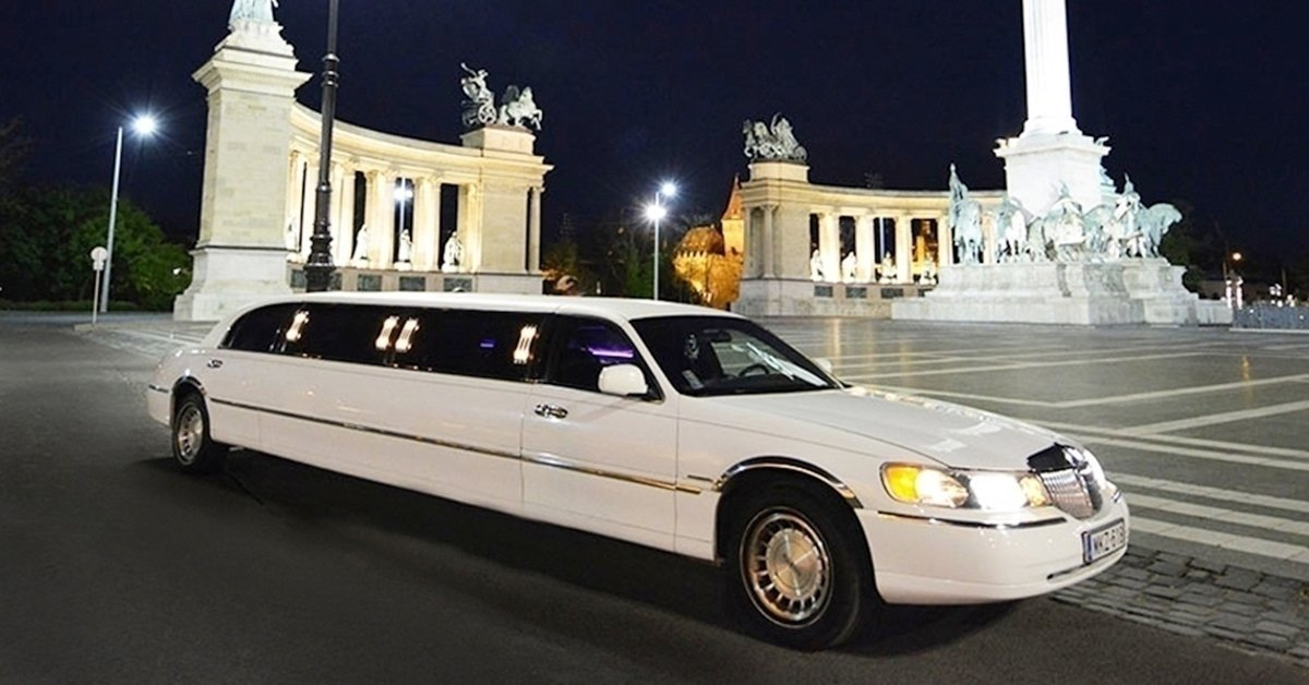 9 fős Lincoln limuzin bérlés