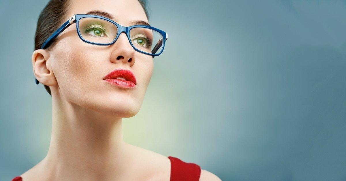 Normál karcmentes szemüveg készítése, trendi RETRO márkájú