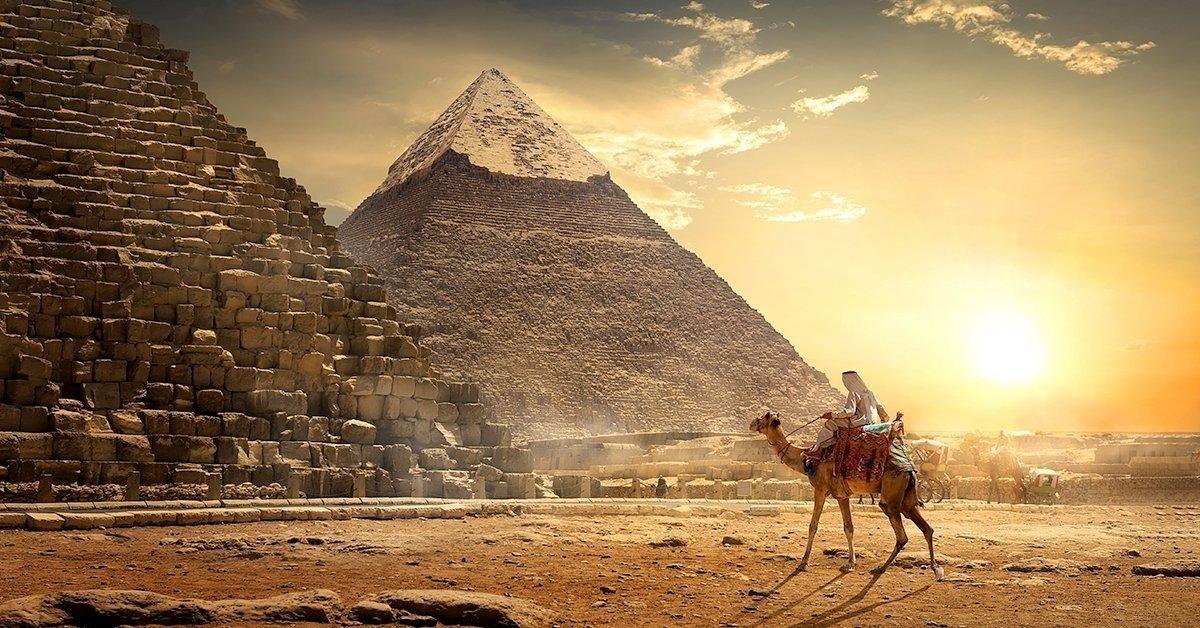 Szabadulás a piramisból