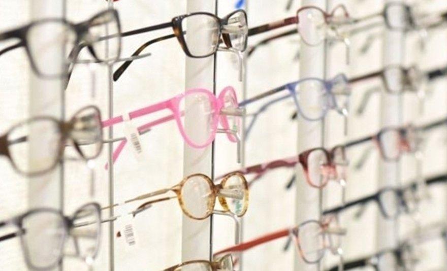 Mi garantálja mindezt  A Varilux Mester optikák szakembereinek sokéves  szakmai tapasztalata 1000e7dd4d