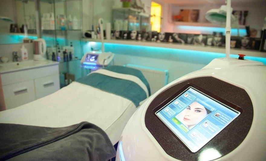 Minden részletében tökéletes: HIFU fókuszált ultrahang kezelés kis területen