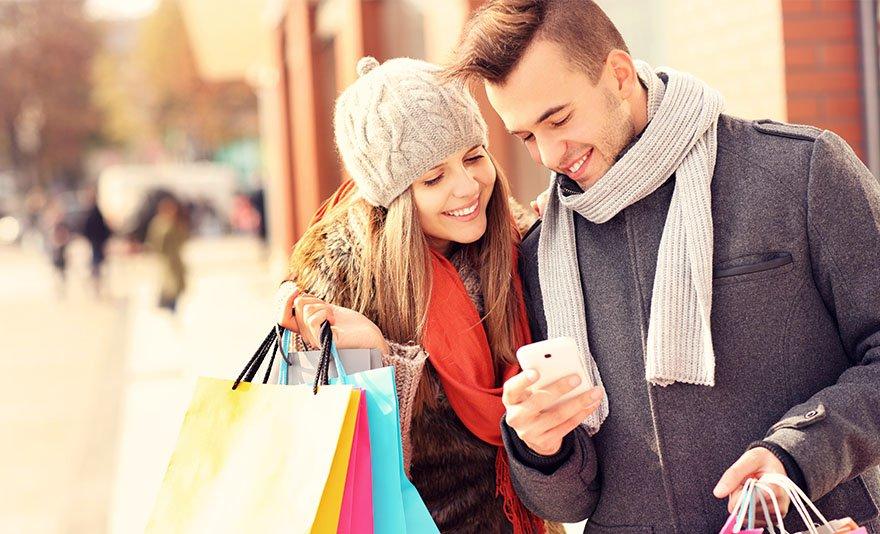 Adventi shoppingolás Bécsben: buszos utazás 1 fő részére a legszebb karácsonyi vásárok otthonába, Bécsbe, vásárlási lehetőséggel a Shopping City Südben