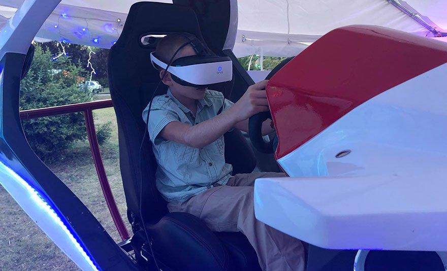 Lépj be a virtuális térbe: VR Galaxy belépőjegy 1 vagy 2 főre, vagy családi jegy, frissítő üdítővel