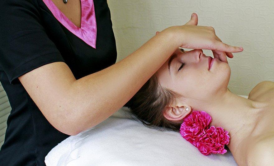 Ne érd be kevesebbel: krémkészítés egyénre szabottan, a te arcbőrödnek megfelelően