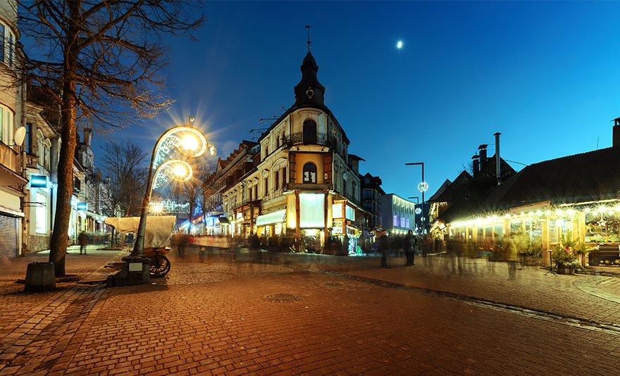 Adventi utazás Zakopanéba: karácsonyi ráhangolódás a Magas-Tátra legbájosabb kisvárosában, Zakopanéban buszos utazással, idegenvezetővel