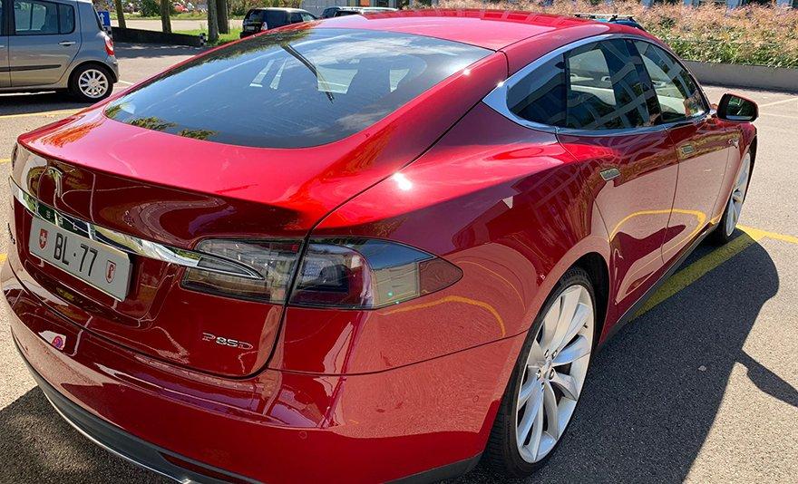 Kihagyhatatlan élmény: Tesla bérlés egy napra vagy egész hétvégére