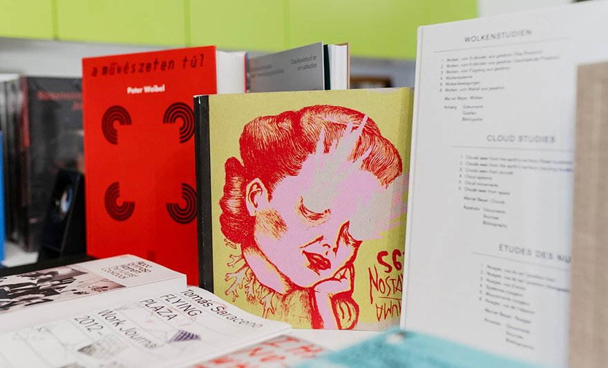 Kortárs művészeti kiadványok: utalvány képzőművészek által készített könyvekre
