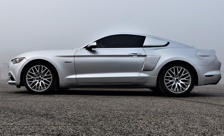 Gépszörny közúton: Mustang GT Eleanor utcai vezetés