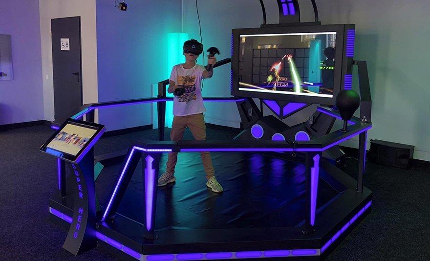 Az erő legyen veled! Belépőjegy a The Fans Strike Back - Csillagok Háborúja kiállításra választható VR élménnyel
