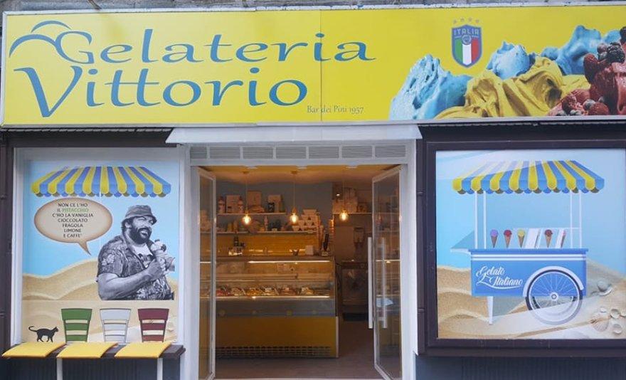 Édesen olasz: 1 szelet tiramusi vagy 2 db olasz profiteroles süti + 1 prémium olasz kávé
