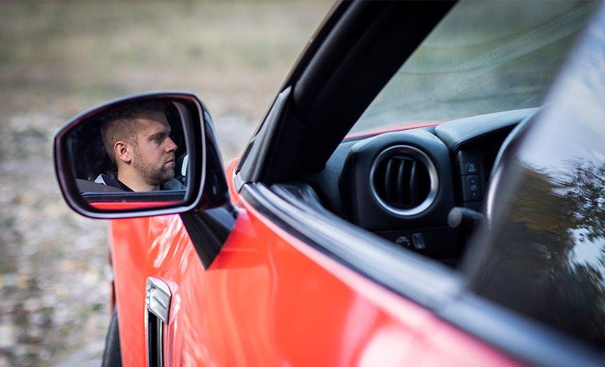 Zene füleidnek: Nissan GT-R R35 élményvezetés ajándék körökkel a DRX Ringen belső kamerás felvétellel és ajándékkártyával