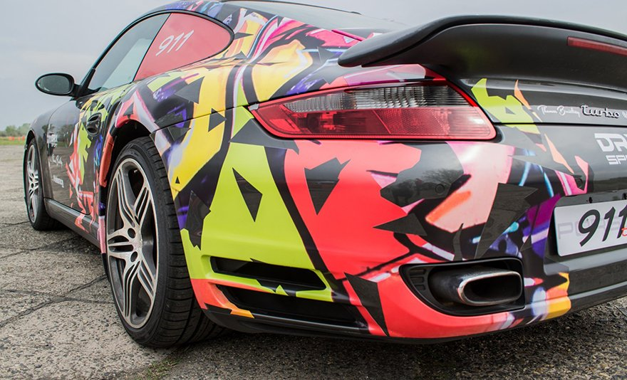 A legenda tovább él: Porsche 911 Turbo S élményvezetés ajándék körökkel a DRX Ringen belső kamerás felvétellel és ajándékkártyával